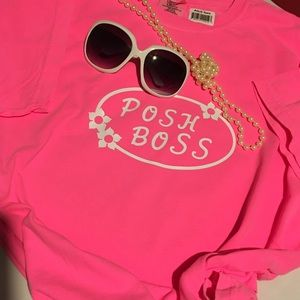 Comfort Colors Tops - T shirt with sunglasses 😎NWT